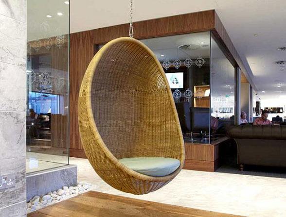 подвесное кресло из ротанга к потолку