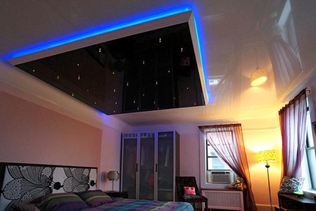 Диодная лента на двухуровневом потолке со звездным небом