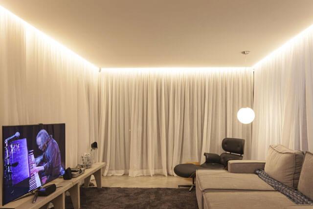 парящие натяжные потолки с подсветкой