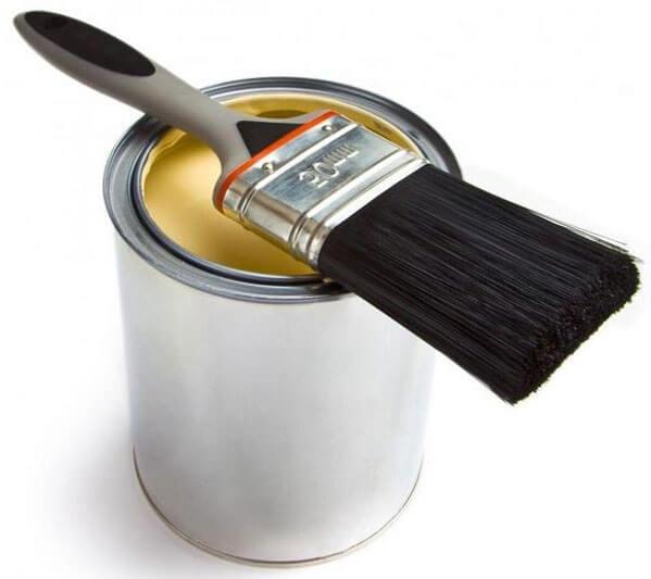 нужно ли красить потолочный плинтус
