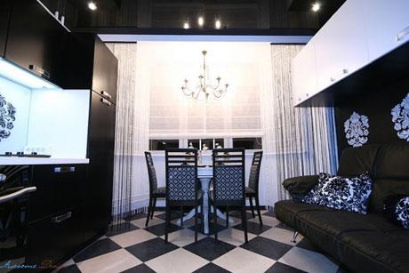 Черный потолок и мебель в гостиной