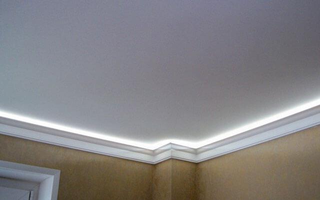 потолок с внутренней подсветкой