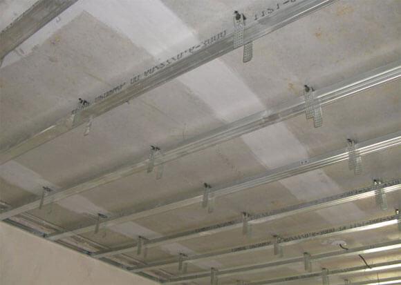 потолки из гипрока дизайн
