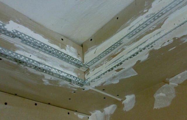 как зашпаклевать гипсокартон на потолке под покраску