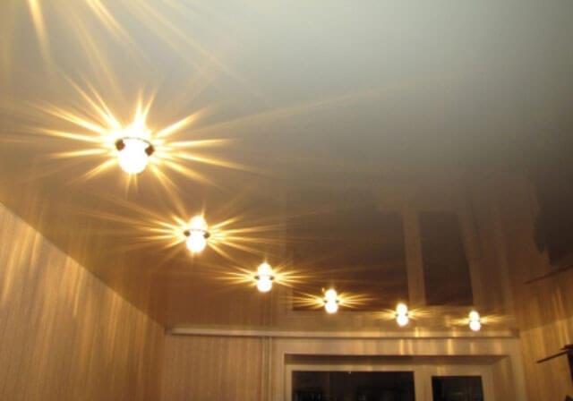 встроенное освещение потолка