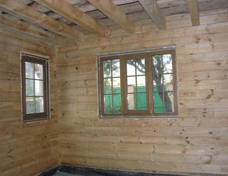 Черновой потолок деревянного дома
