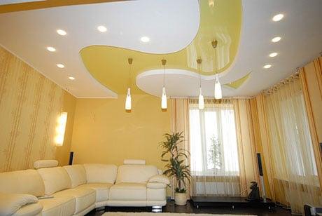 Дизайнерский потолок с подсветкой