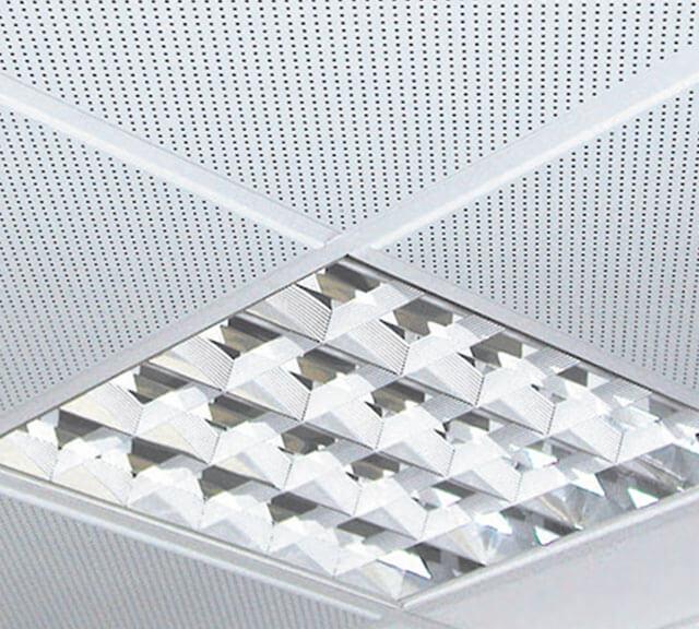 потолок металлический кассетный