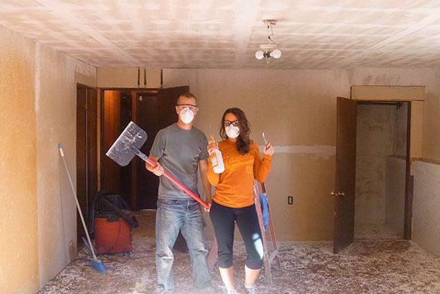 как смыть мел с потолка