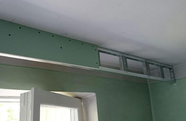 крепление натяжного потолка к стене