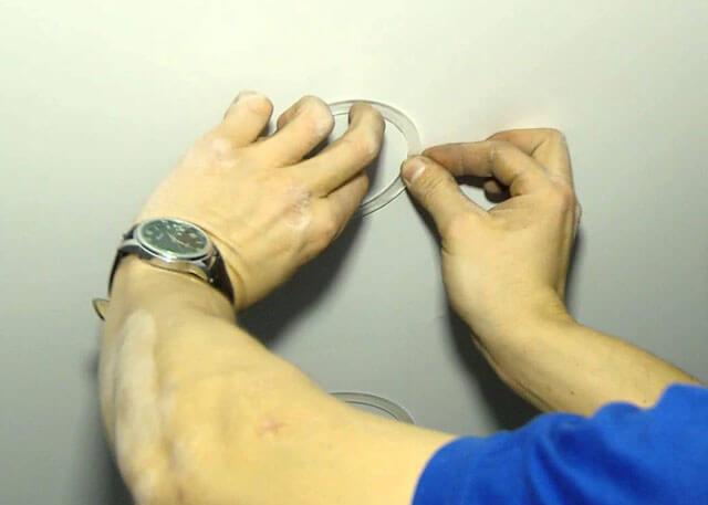 ремонт натяжных потолков после пореза своими руками