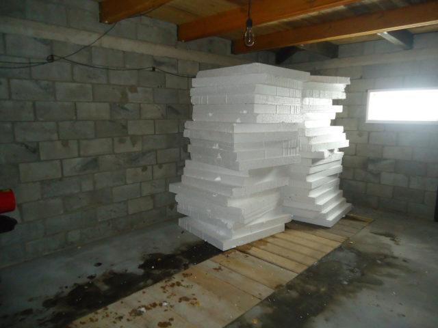 Пенопласт для утепления гаража
