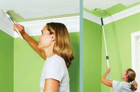 Процесс покраски потолка кухни