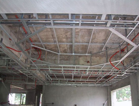 Готовый каркас для многоуровневого потолка