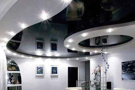 Глянцевый черный натяжной потолок