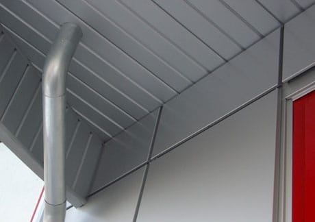 Навесной потолок из сайдинга