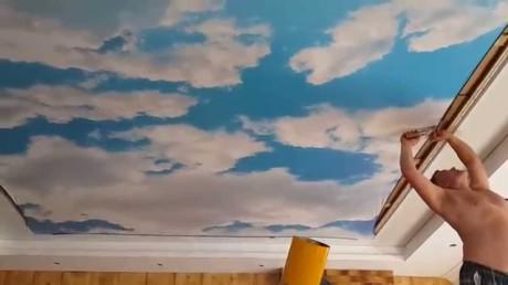 монтаж натяжного потолкоа «Облака»