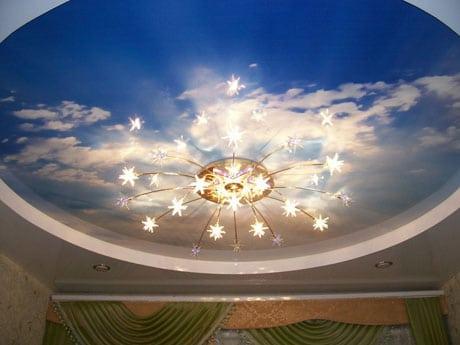 Натяжной декоративный потолок