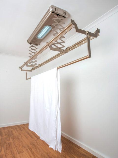 Электрифицированная потолочная сушилка с ультрафиолетовой лампой