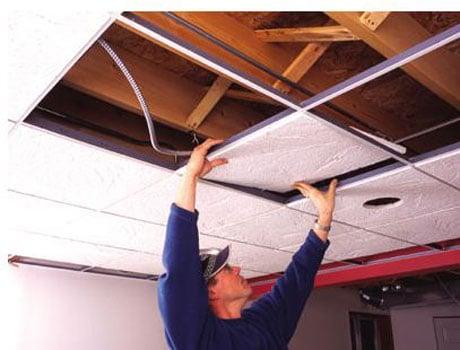 Монтаж потолочных плит