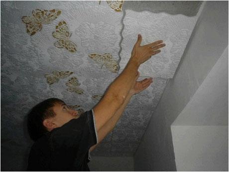 Монтаж потолка из пенопласта