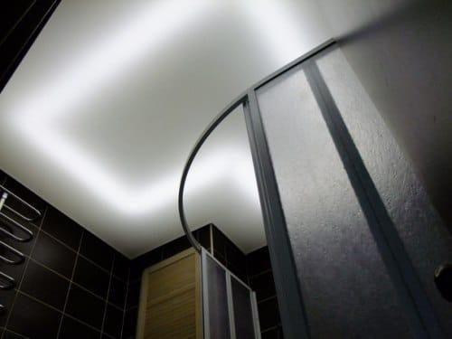 Подсвеченный потолок
