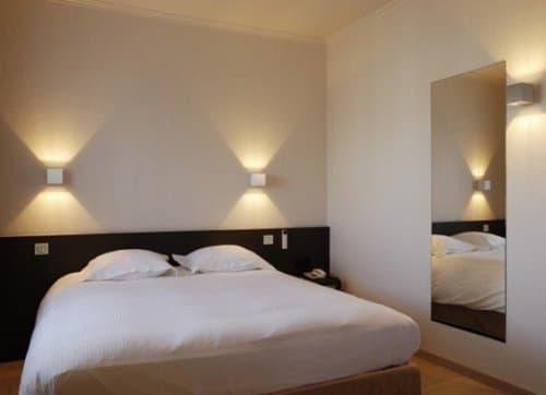 Вариант освещения спальни