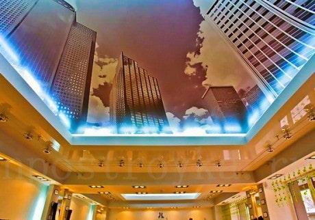 изображение на потолке