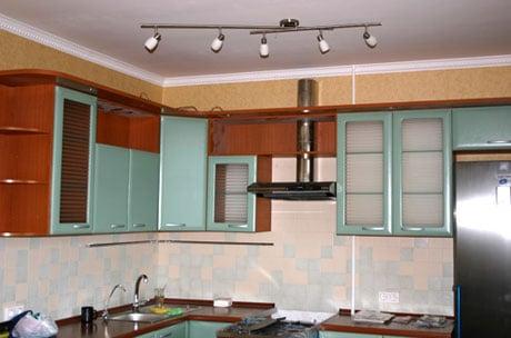 Побелка на потолке кухни