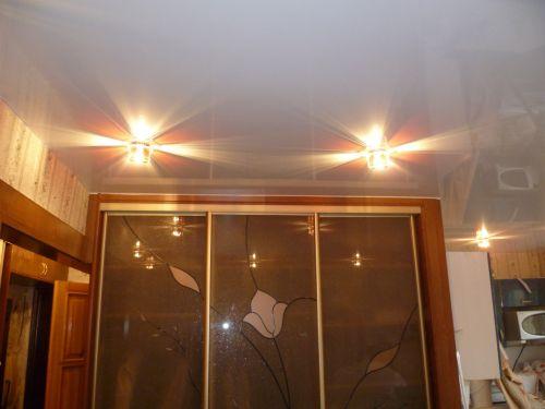 Подсветка в натяжном потолке