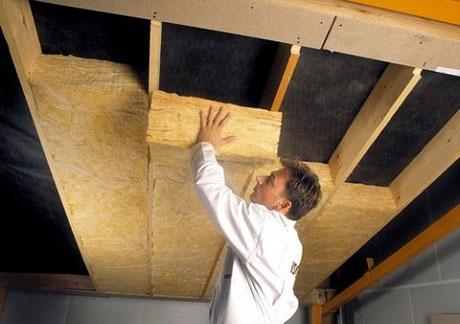 Минвата для утепления потолка дома