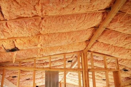 Утепление потолка частного дома