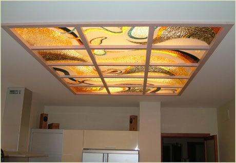 Ячеистый стеклянный потолок