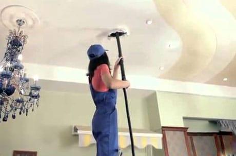 Очистка натяжного тканевого потолка