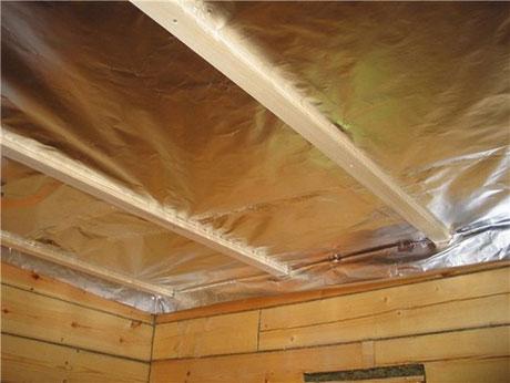 Изоляция потолка бани фольгоизолом