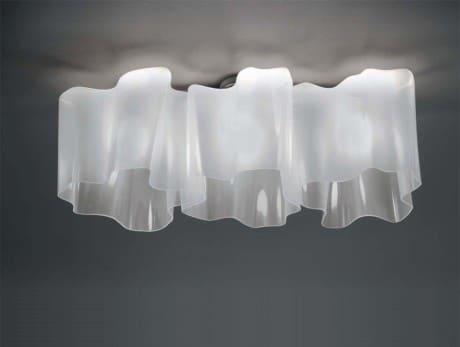 светильник для романтично обставленной спальни