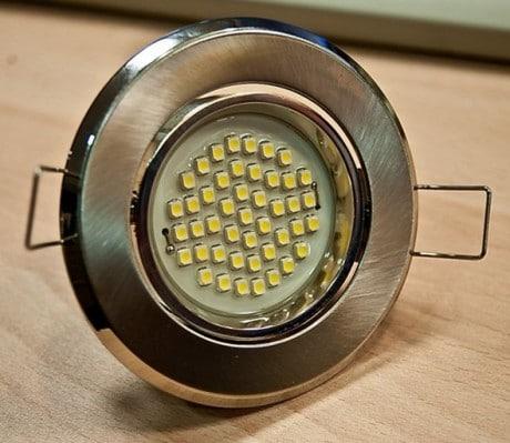 светильник для современной подвесной потолочной конструкции